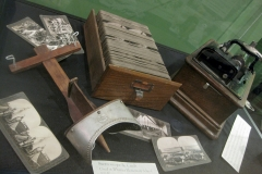 stereoscope & cylinder record player in exhibit