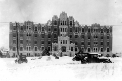Morningside Hospital following heavy snow, 1929
