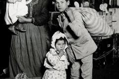 f Italian immigrants, 1908